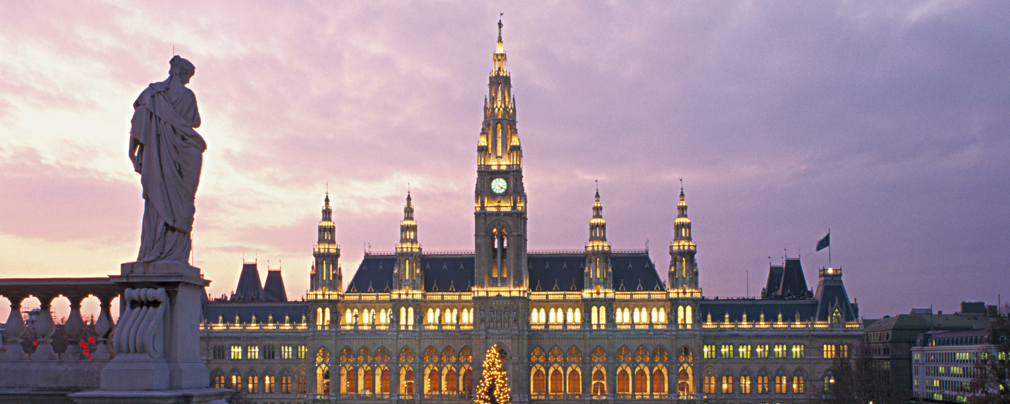 christmas market in vienna A