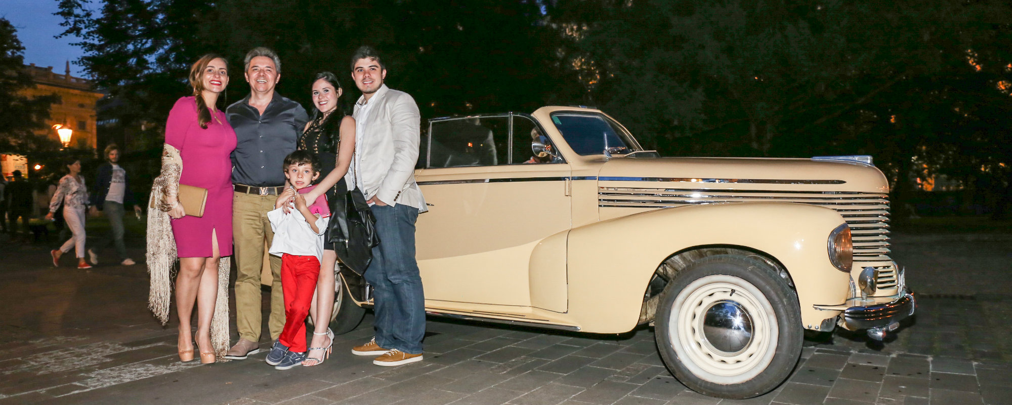 vintage car family